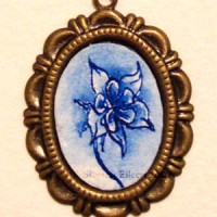 Cameo-Set Blue Ink Flower